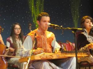 Le qanun, parmi les instruments phare de la musique andalouse