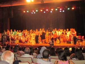Grande ovation du public à la fin du récital de 2 heures.